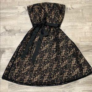 EUC Ann Taylor LOFT Strapless Lace Cocktail Dress